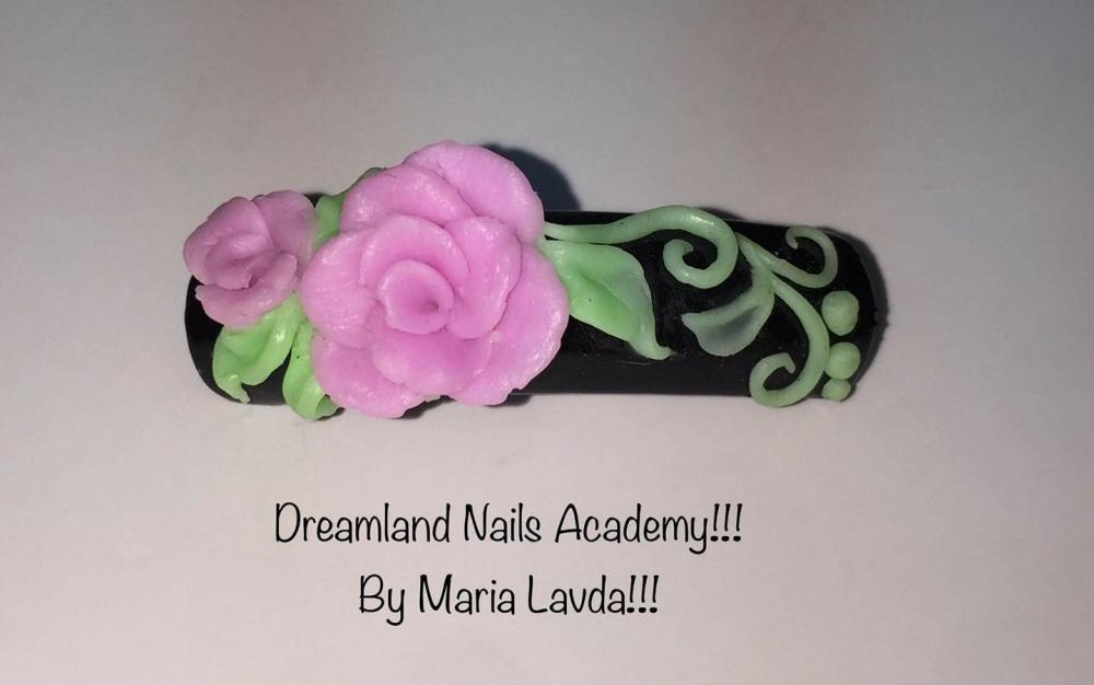 Dreamland nails application